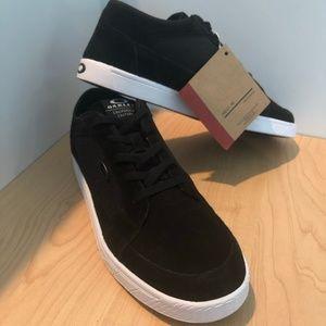Oakley Westcliff Blackout Suede Skate Shoes